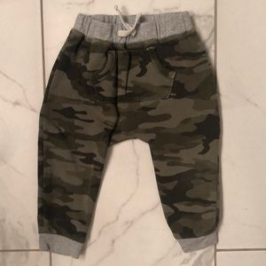 Camo pull on joggers